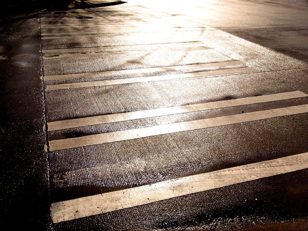 19 Pedestrian Safety Tips for Drivers