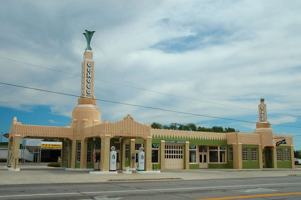 TOWER STATION AND U-DROP INN CAFE: SHAMROCK, TEXAS